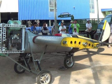 a grade 5 student produce airplane-2